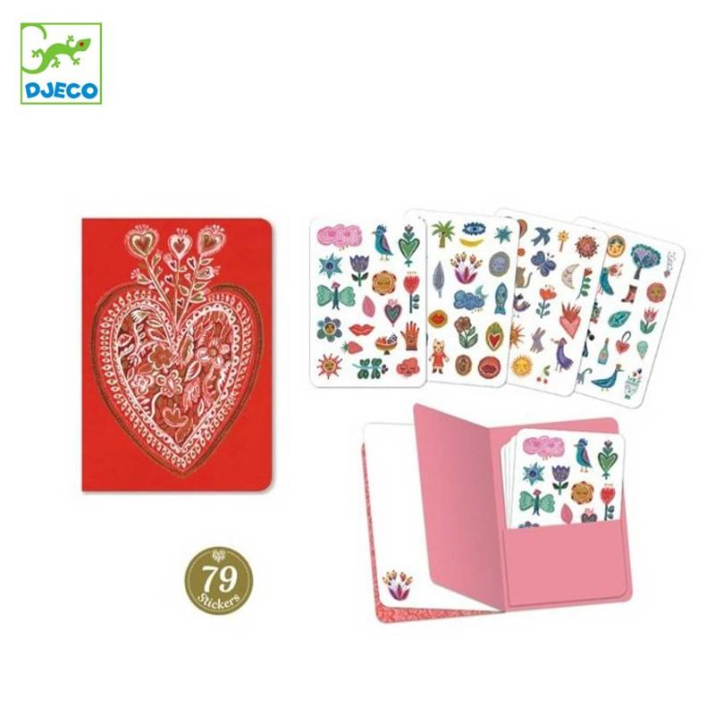Carnet avec 79 stickers par l'illustratrice Sarah de Djeco