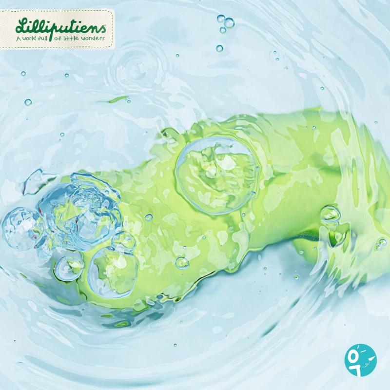 Anatole le crocodile fait des bulles dans le bain