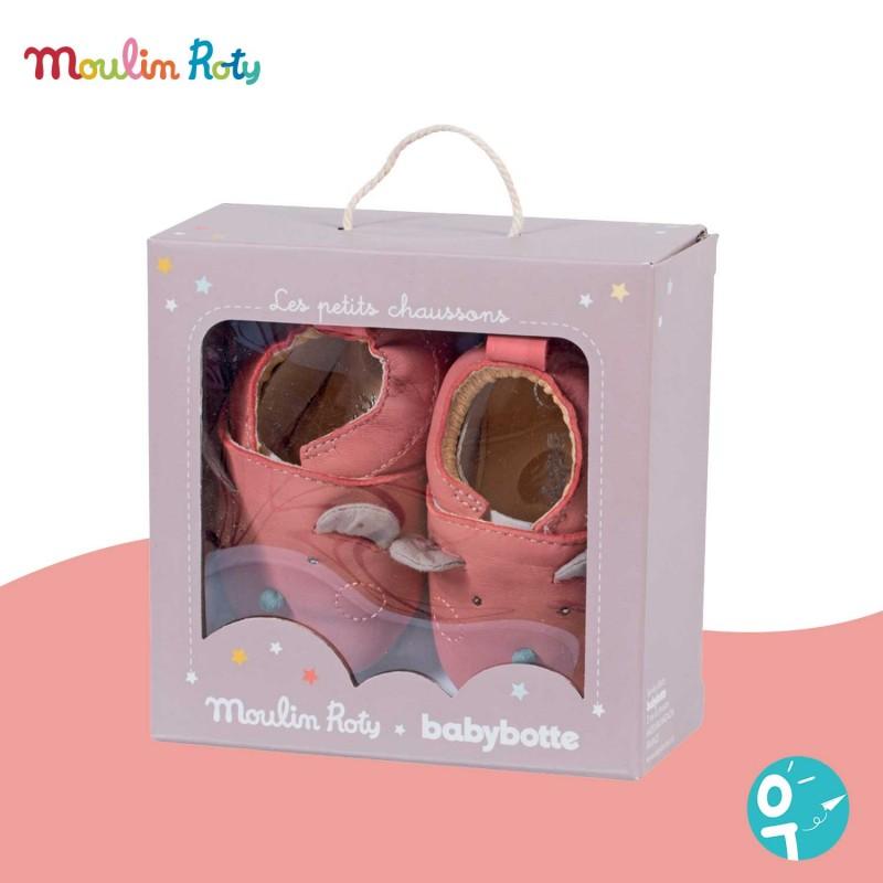 Chaussons cuir rose souris 6/12 mois Les Jolis Trop Beaux Moulin Roty - la boite