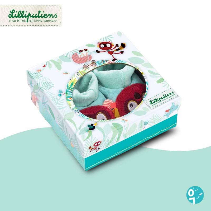 Boite-cadeau illustrée pour les chaussons de naissance.