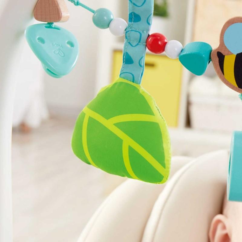 Mise en scène du jouet d'éveil pour les jeunes enfants.