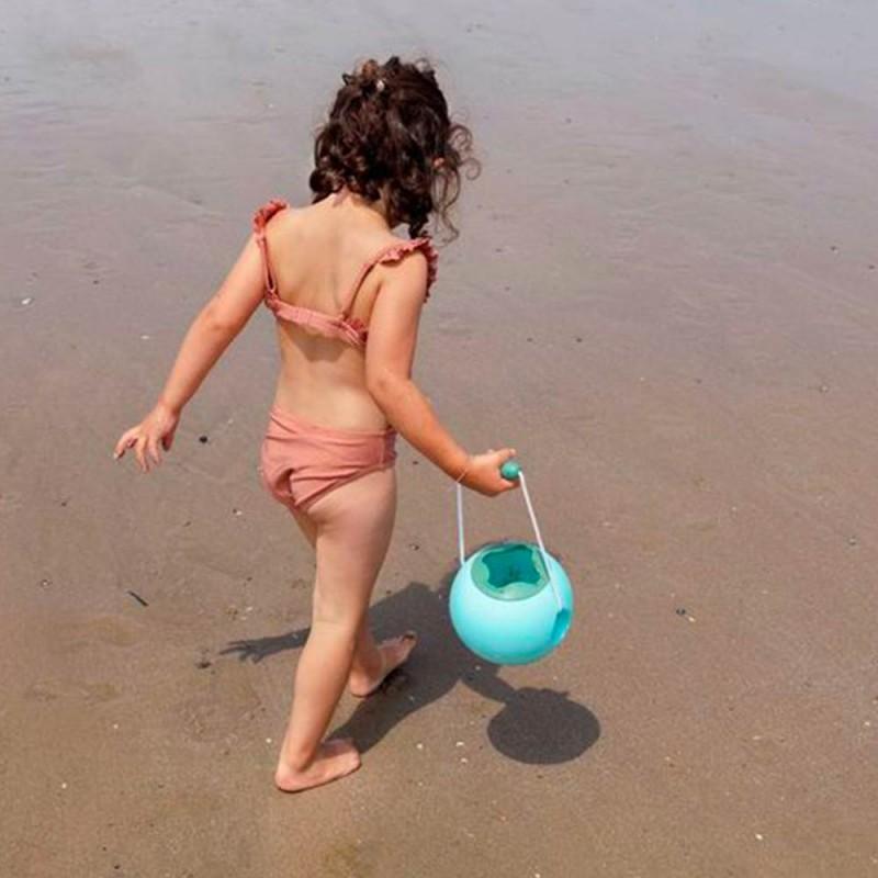 Un seau de plage pour les enfants - Mini Ballo Bleu de Quut