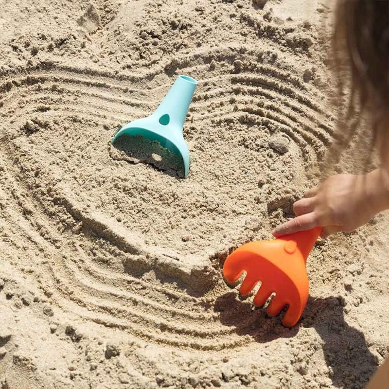 Quut Raki Orange et Bleu - Râteau et pelle 2-en-1 pour la plage