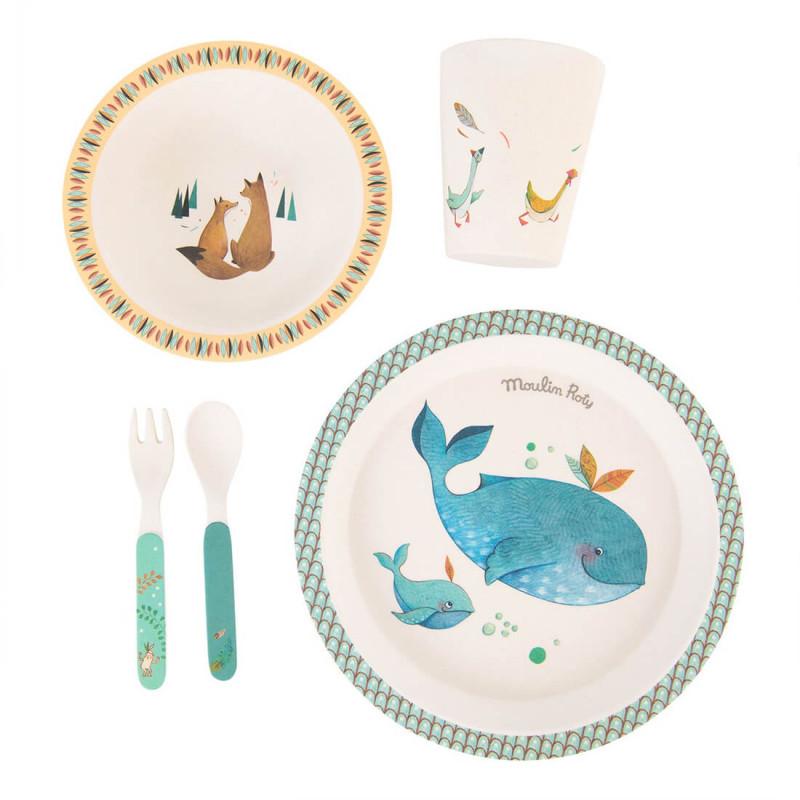 Les 5 pièces du coffret vaisselle pour bébé de Moulin Roty Voyage Olga