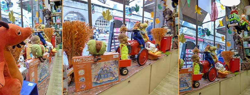 Vitrine de la boutique de jouets La Marelle à Saint-Malo